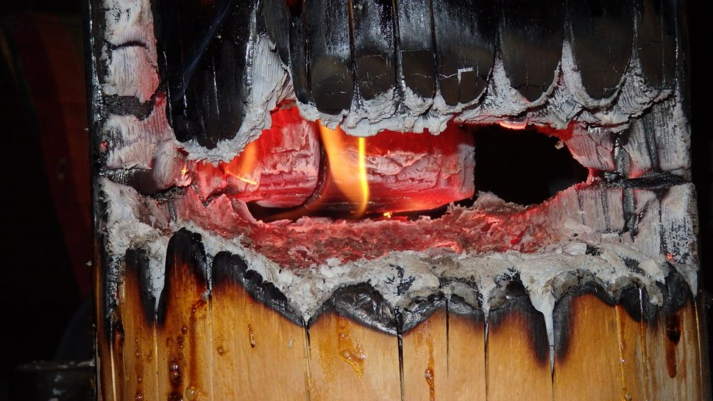 Обработка деревянных конструкций огнезащитным составом - цена по Крыму