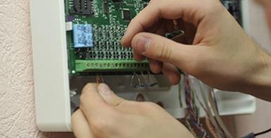 От чего зависит цена на техническое обслуживание пожарной сигнализации?